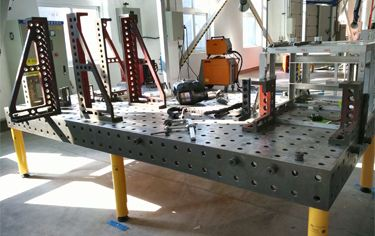 三维柔性焊接平台工装