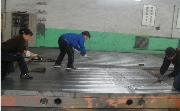 铸铁平板刮研